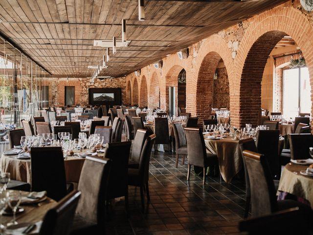 La boda de Jesús y Amparo en Ballesteros De Calatrava, Ciudad Real 58