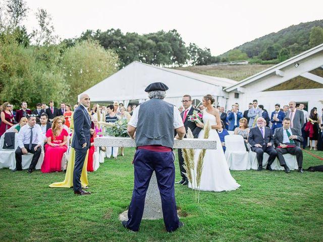 La boda de adrián y Jennifer en Quejana, Álava 14