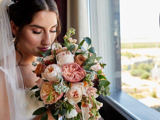 La boda de Erick y Estela en Torrevieja, Alicante 20