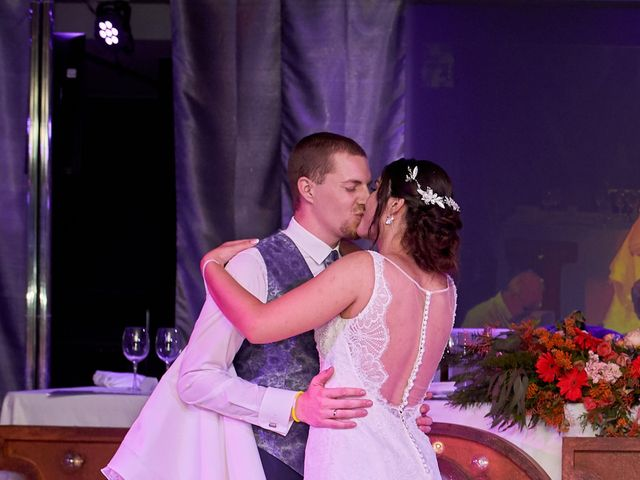La boda de Erick y Estela en Torrevieja, Alicante 32