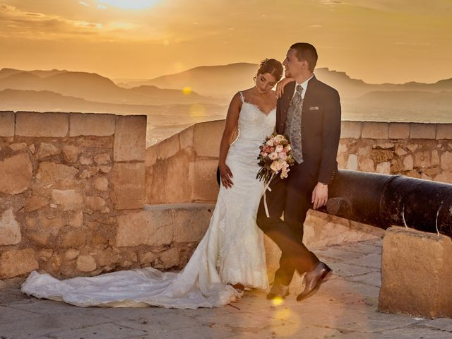 La boda de Erick y Estela en Torrevieja, Alicante 56