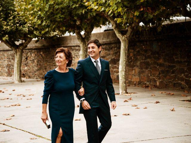 La boda de Vero y Toño en Ponferrada, León 74