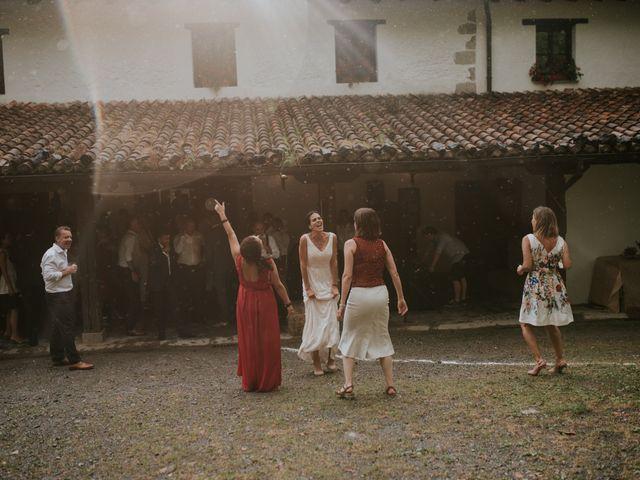 La boda de Harold y Amaya en Markina-xemein, Vizcaya 77