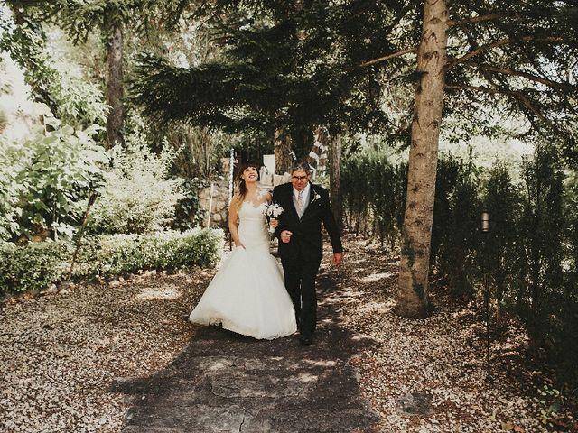 La boda de Salvi y Raquel en Ulldecona, Tarragona 8
