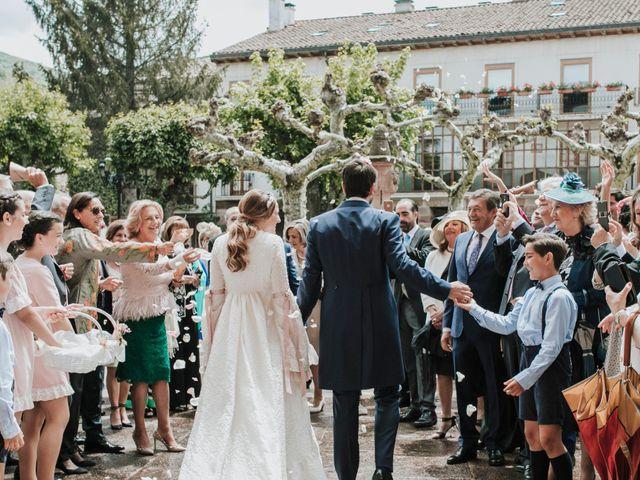 La boda de Juan y Bea en Ezcaray, La Rioja 29