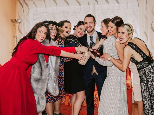 La boda de Cristian y Paloma en Elda, Alicante 6
