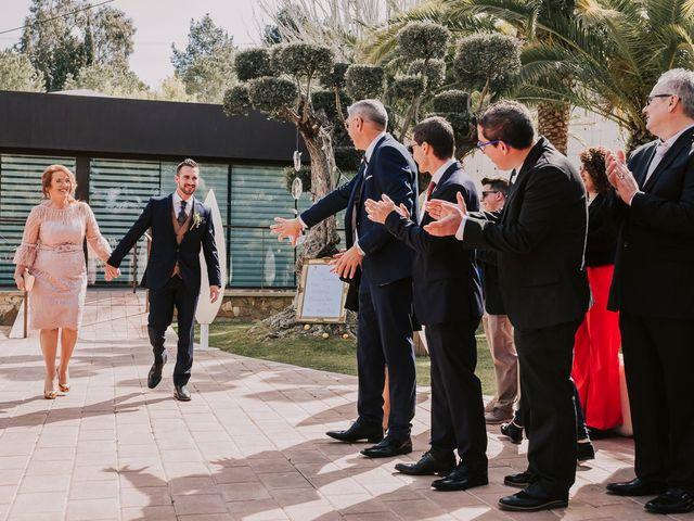 La boda de Cristian y Paloma en Elda, Alicante 23