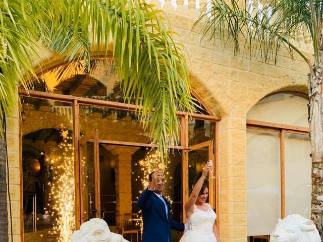 La boda de Antonio y Elizabeth  en Málaga, Málaga 6