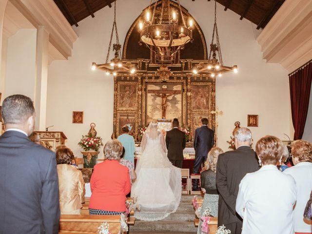 La boda de Zafiro y María en San Roman De Bembibre, León 22