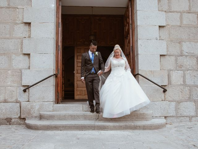 La boda de Zafiro y María en San Roman De Bembibre, León 29