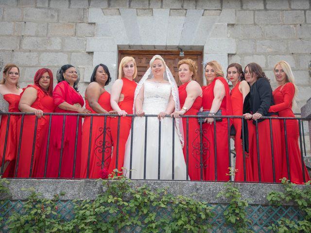 La boda de Zafiro y María en San Roman De Bembibre, León 35