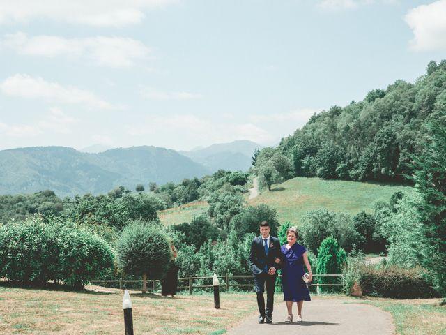 La boda de Sheila y Carlos en Torazo, Asturias 35