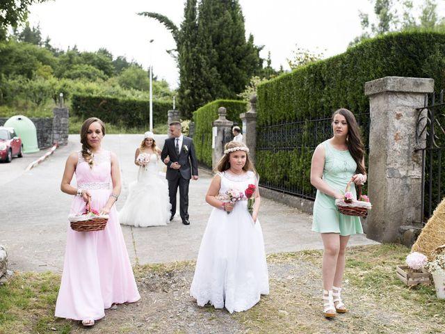 La boda de Jon Ander  y Ainhoa  en Llodio, Álava 21