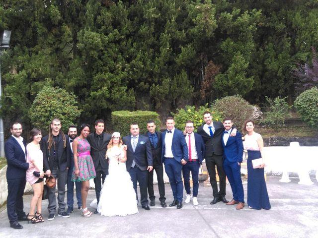 La boda de Jon Ander  y Ainhoa  en Llodio, Álava 38