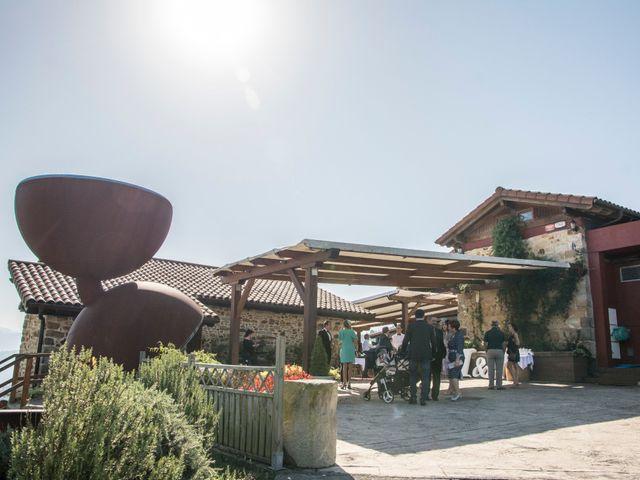 La boda de Mikel y Iria en Larrabetzu, Vizcaya 23