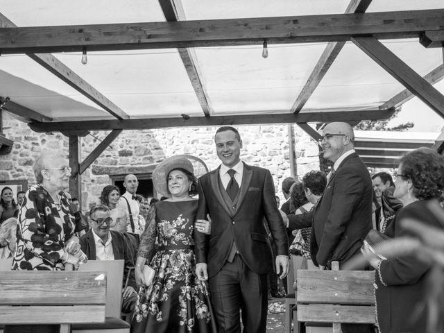 La boda de Mikel y Iria en Larrabetzu, Vizcaya 24