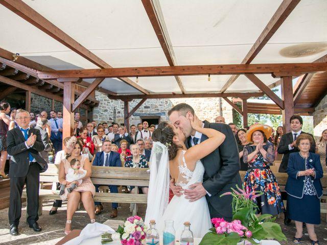 La boda de Mikel y Iria en Larrabetzu, Vizcaya 34