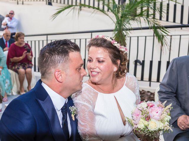 La boda de Javier y Celia en Benidorm, Alicante 28
