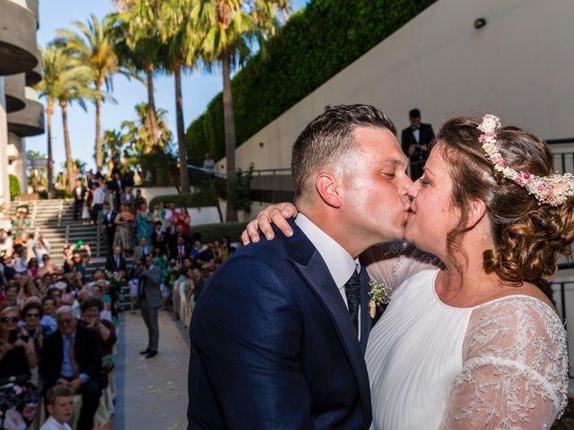 La boda de Javier y Celia en Benidorm, Alicante 34