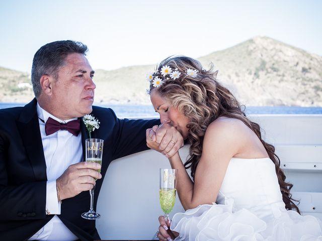 La boda de Alex y Patricia en Roses, Girona 15