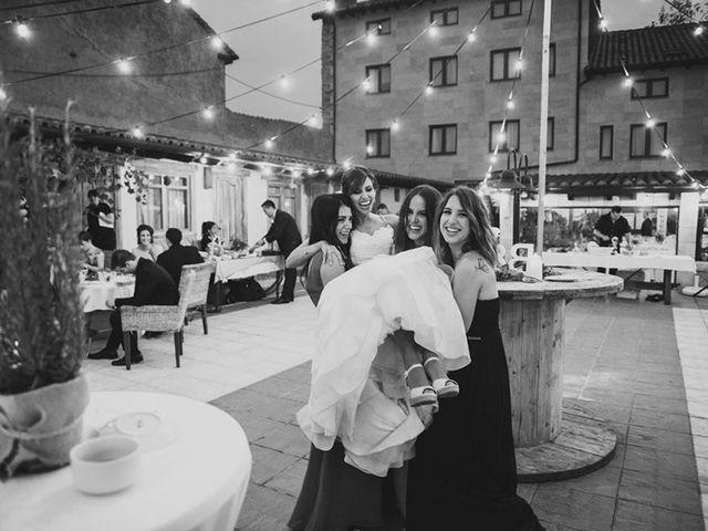 La boda de Esteban y Beatriz en Suances, Cantabria 43