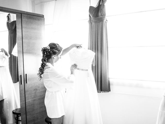 La boda de Juan Antonio y Carolina en La Algaba, Sevilla 4