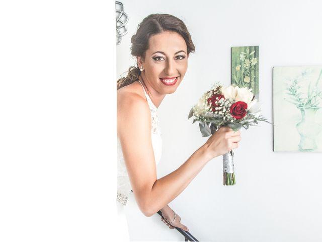 La boda de Juan Antonio y Carolina en La Algaba, Sevilla 11