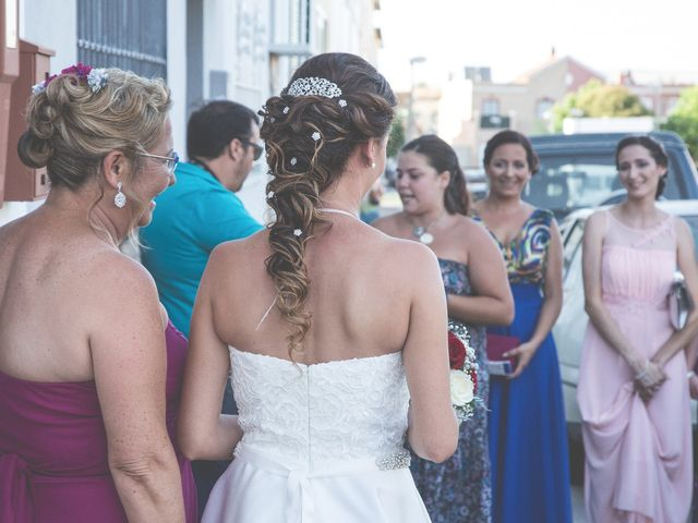La boda de Juan Antonio y Carolina en La Algaba, Sevilla 12