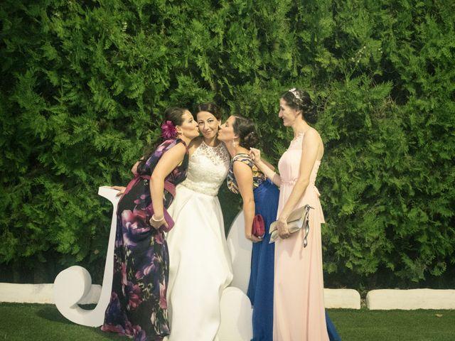 La boda de Juan Antonio y Carolina en La Algaba, Sevilla 15
