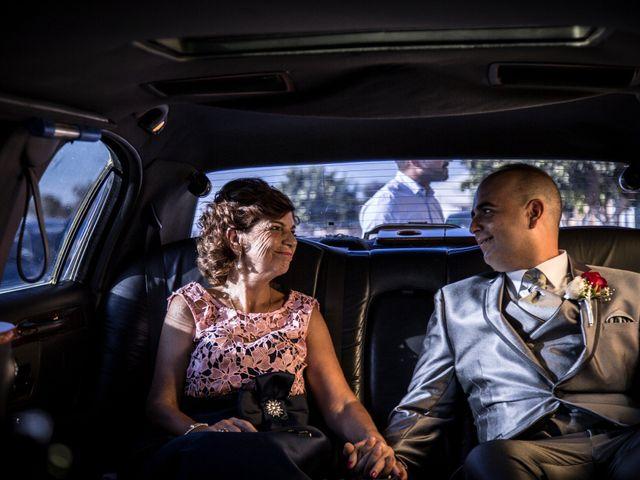 La boda de Juan Antonio y Carolina en La Algaba, Sevilla 27