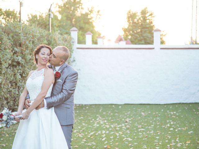 La boda de Juan Antonio y Carolina en La Algaba, Sevilla 31