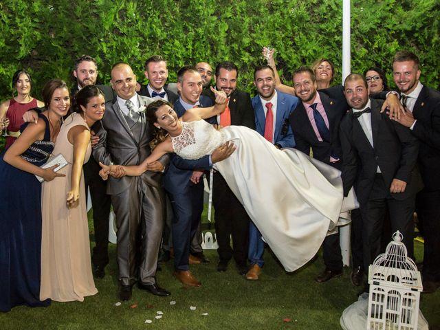 La boda de Juan Antonio y Carolina en La Algaba, Sevilla 32