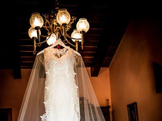 La boda de Rafael y Aurora en Torrecaballeros, Segovia 4