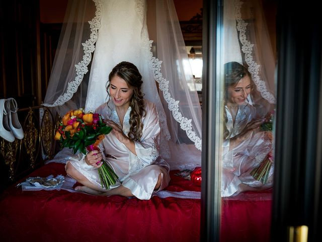 La boda de Rafael y Aurora en Torrecaballeros, Segovia 30