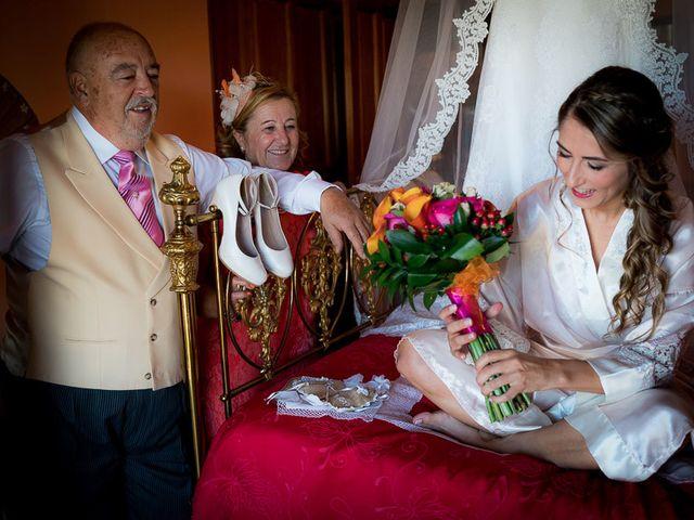 La boda de Rafael y Aurora en Torrecaballeros, Segovia 32