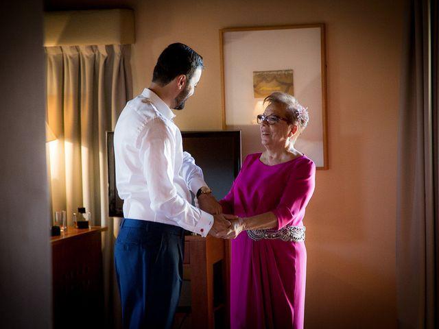La boda de Rafael y Aurora en Torrecaballeros, Segovia 42