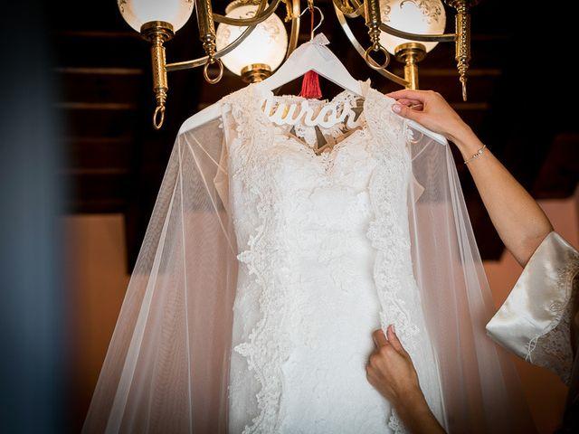 La boda de Rafael y Aurora en Torrecaballeros, Segovia 51