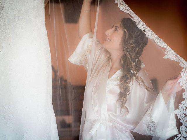 La boda de Rafael y Aurora en Torrecaballeros, Segovia 52