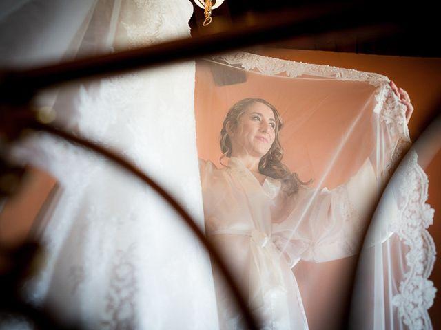 La boda de Rafael y Aurora en Torrecaballeros, Segovia 53
