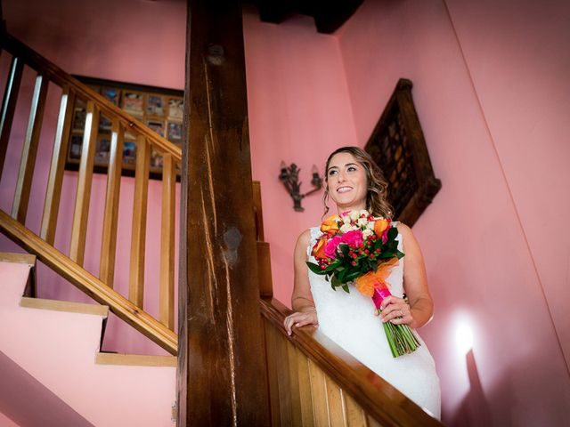 La boda de Rafael y Aurora en Torrecaballeros, Segovia 66