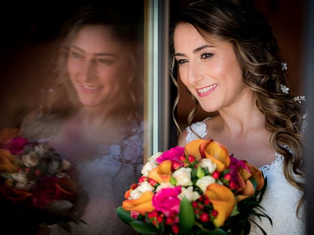 La boda de Rafael y Aurora en Torrecaballeros, Segovia 74