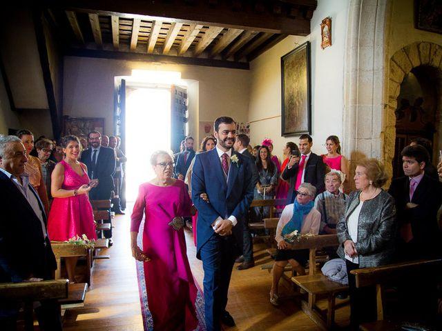 La boda de Rafael y Aurora en Torrecaballeros, Segovia 81
