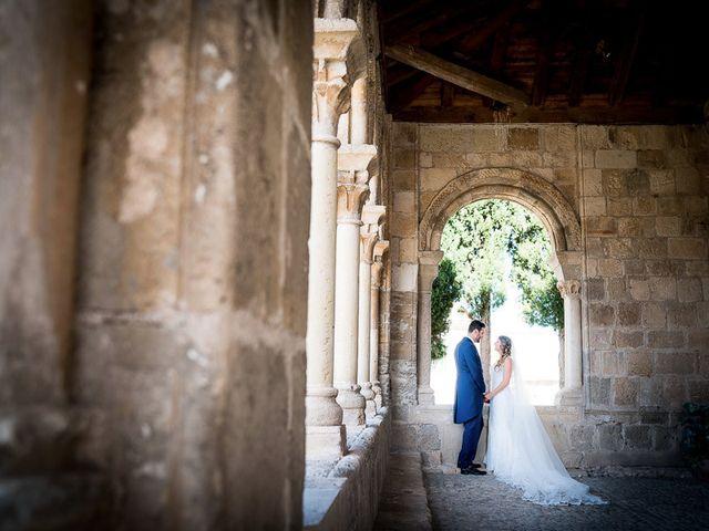 La boda de Rafael y Aurora en Torrecaballeros, Segovia 97