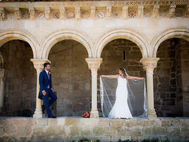 La boda de Rafael y Aurora en Torrecaballeros, Segovia 100