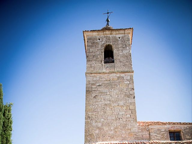La boda de Rafael y Aurora en Torrecaballeros, Segovia 102