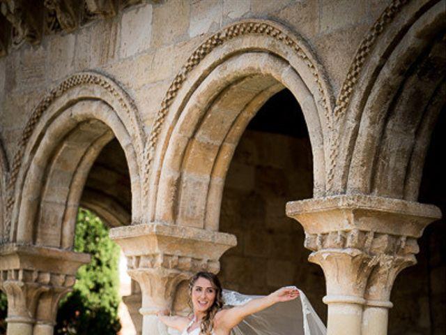 La boda de Rafael y Aurora en Torrecaballeros, Segovia 103