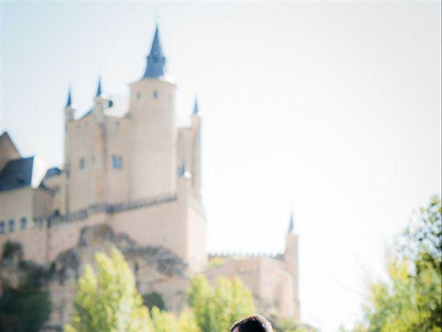 La boda de Rafael y Aurora en Torrecaballeros, Segovia 120