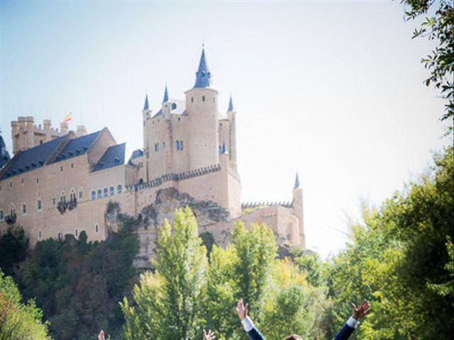 La boda de Rafael y Aurora en Torrecaballeros, Segovia 122