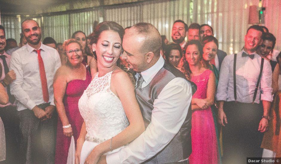 La boda de Juan Antonio y Carolina en La Algaba, Sevilla