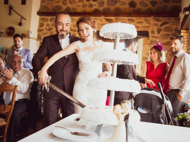 La boda de Raúl y Mabel en Almonaster La Real, Huelva 3